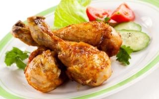 Как вкусно и аппетитно приготовить куриную голень