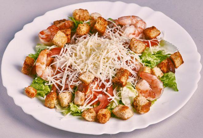 сыр пармезан в салате