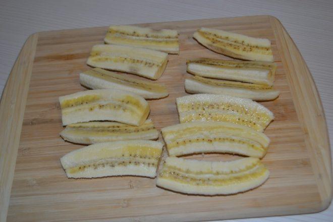 Разрезанный банан